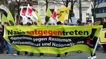ver.di Jugendliche am 13. April auf der Demonstration gegen Nazi-Terror und Rassismus in München