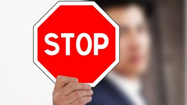 Stop Nein Abwehr Mann